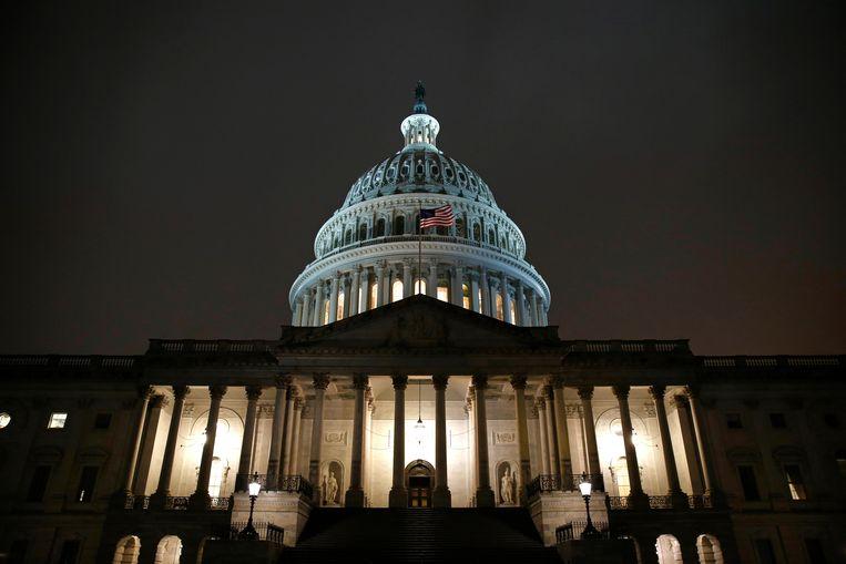 Het Capitool in Washington, waar de commissie nog tot laat bijeen was. Beeld AP