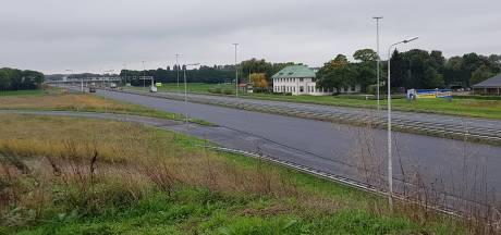 Lang wachten bij de pont vanwege afsluiting van A2 richting Utrecht