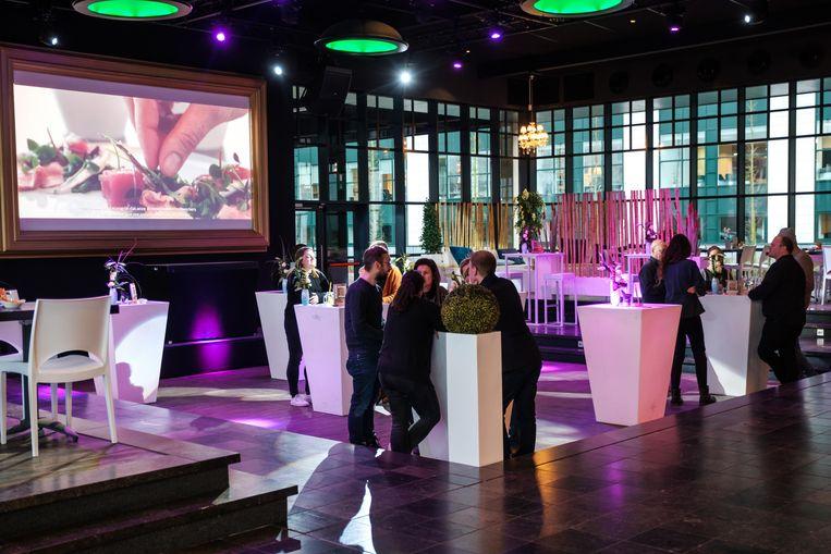 Openingsfeest van de nieuwe keuken in Studio 6 van AED Studios.