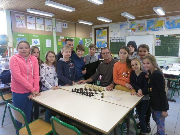 Wie weet welk schaaktalent er schuilt tussen de leerlingen van De Klimop?