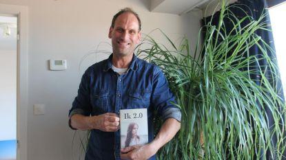 Koen schrijft met 'Ik 2.0' eerste roman