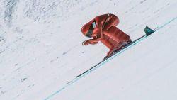 Snelskiër Joost Vandendries breekt Belgisch record: met 218 kilometer per uur de berg af