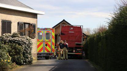 Man (48) omgekomen tijdens herstellingswerken aan vrachtwagen op eigen oprit