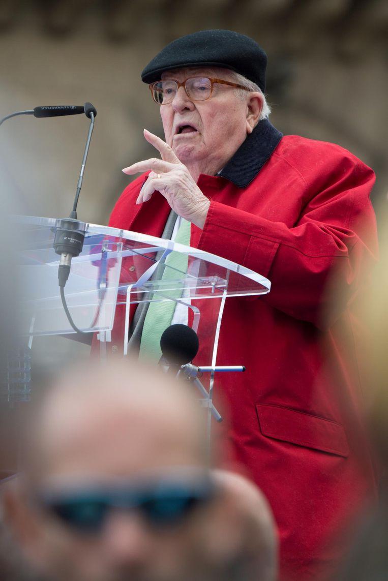 Het zat Jean-Marie Le Pen niet mee. Beeld getty