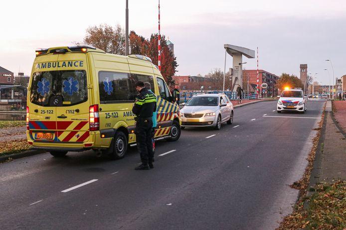 De jongen is ter controle meegegaan met een ambulance.