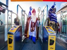 Nóg een trendbreuk bij intocht in Apeldoorn: Sinterklaas komt met de trein