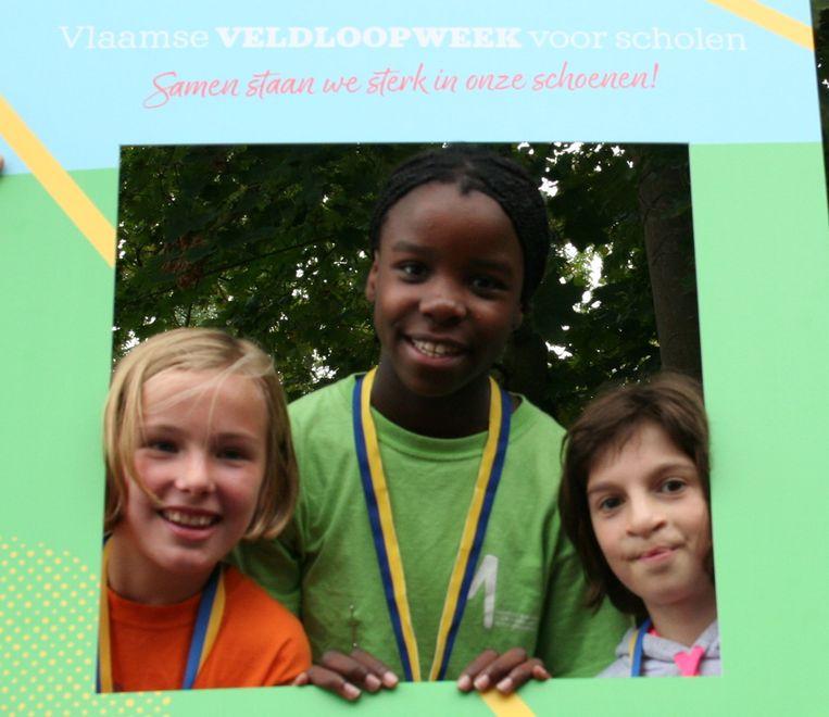 Christina Rumbaut won de loop voor meisjes van het 6de leerjaar voor Feliz Goyvaerts en Alicia Jossart