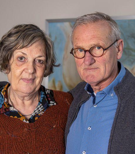 Zij ontsteken vandaag een lampion voor een dierbare die aan kanker leed: 'Haar leven werd gebroken in de knop'