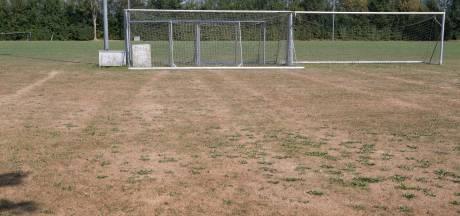Voetballen op de savanne: hoe droog is jullie veld?