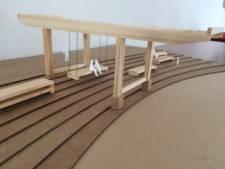 De pergola bij kanaal Reeshof is in juni gereed