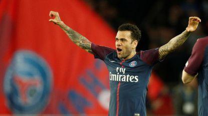 Dani Alves verzamelde in zijn eentje al meer prijzen dan PSG in zijn hele geschiedenis, geen enkele actieve voetballer doet beter