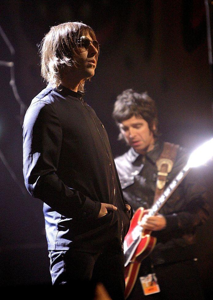 Liam et Noel Gallagher du groupe Oasis.