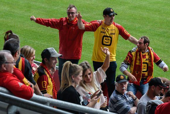 Feestje in het stadion van KV Mechelen, waar gisteravond de deuren werden geopend.