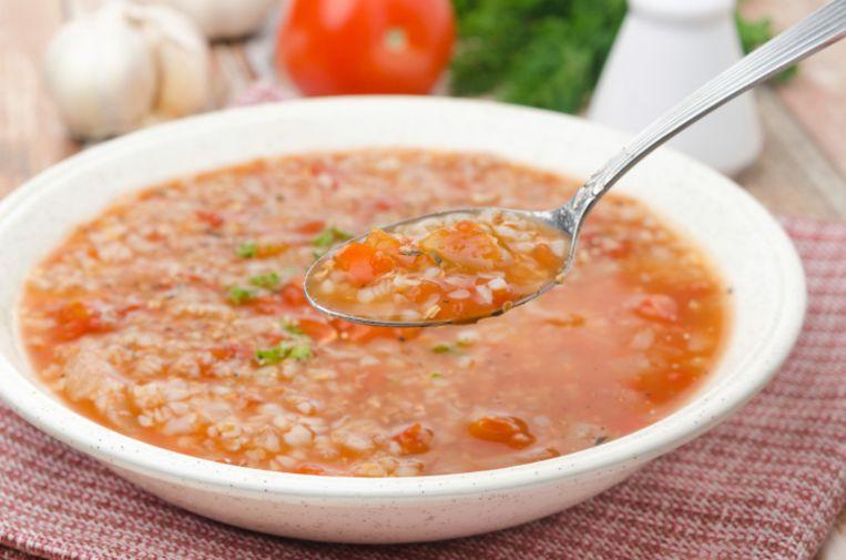Een glutenvrije maaltijd: boekweitsoep met tomaten Beeld thinkstock