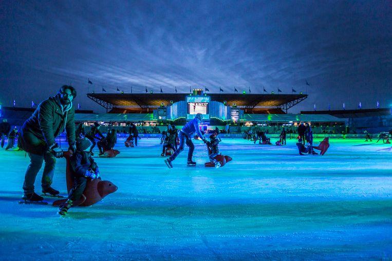 Schaatsers in het Olympisch Stadion Beeld Eva Plevier