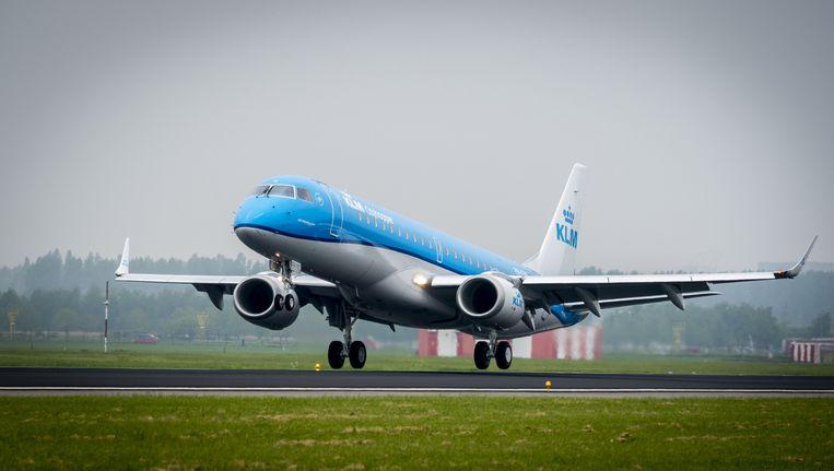 Een Embraer190 van KLM Beeld anp