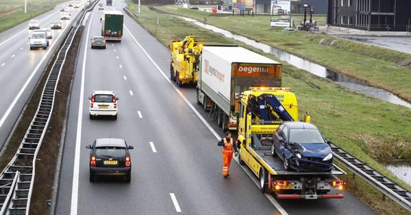 Files op Veluwse snelwegen: ongelukken op A1 en A28.