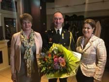 Lintje voor brandweerman Chrisjan Smolders uit Westerhoven