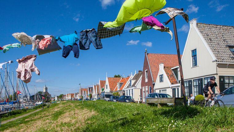 Dijkverzwaring in Durgerdam stuit op tegenstand dorpsbewoners Beeld Floris Lok