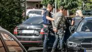 """""""Oef, u bent een journalist. Ik had uw nummerplaat al opgeschreven"""" Politie kan Albanese drugkwekers inrekenen dankzij alerte buren"""