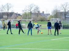 Clubs Hardenberg en Ommen niet blij met jeugd op afgesloten complexen