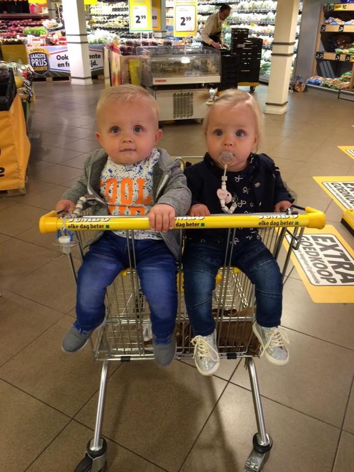 Xam en Zoë in de tweelingenkar