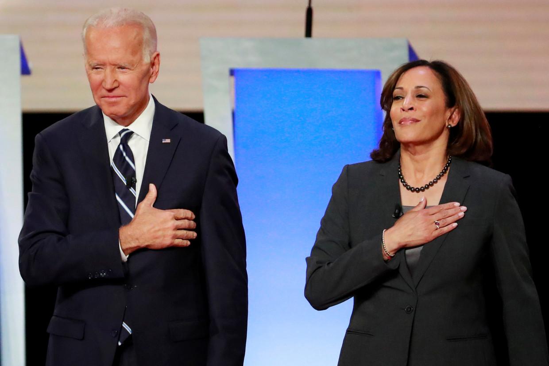 Joe Biden en Kamala Harris, enkele maanden geleden nog rivalen in de race naar het presidentskandidaatschap. Beeld REUTERS