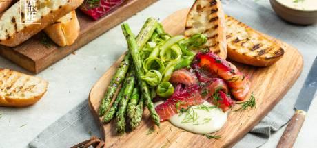 Wat Eten We Vandaag: Gravad lax met groene asperges en mierikswortelmayonaise