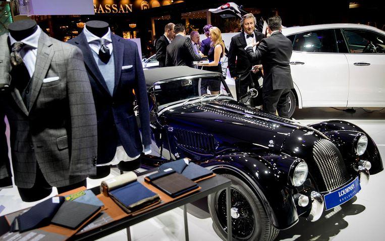 Bezoekers van de vijftiende editie van Masters of LXRY, een beurs die draait om luxe, in de RAI in Amsterdam Beeld ANP
