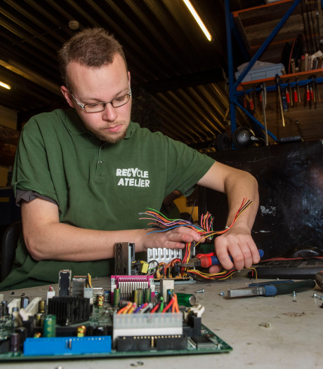 Recycle Atelier Ermelo haalt elke week 1000 kilo metaal uit het afval