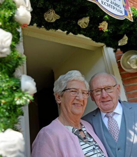 Wierdens echtpaar 60 jaar getrouwd: 'We zeggen direct wat ons dwars zit'