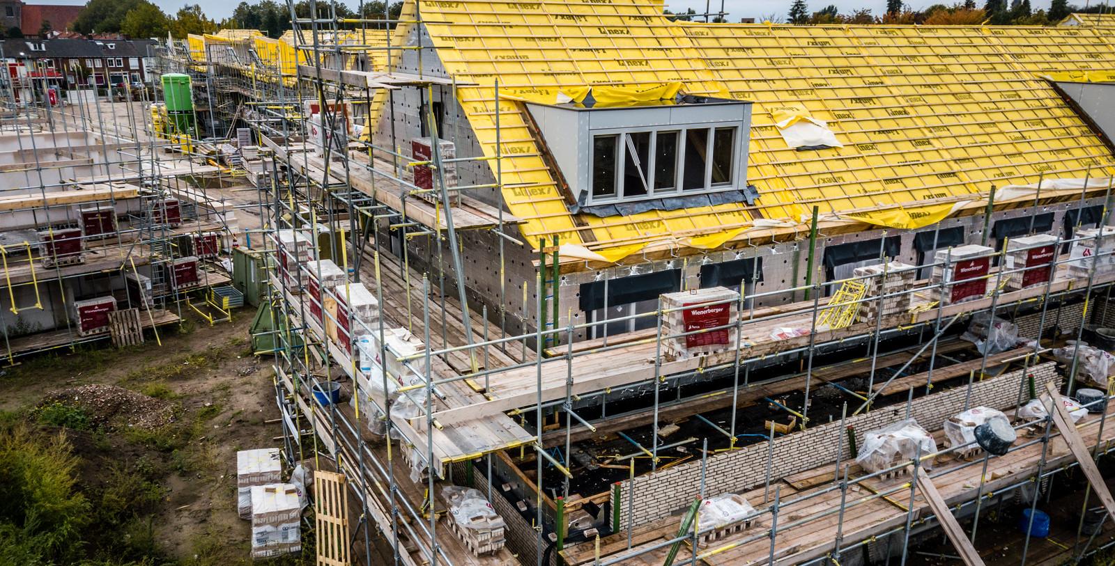 De stikstofcrisis legt nagenoeg alle bouwprojecten stil.