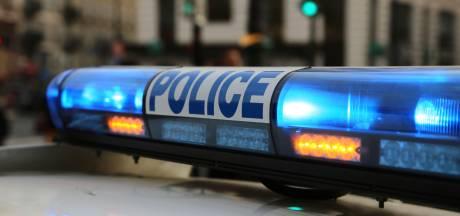 """Une jeune femme de 18 ans se fait poignarder à plusieurs reprises pour un """"mauvais regard"""""""
