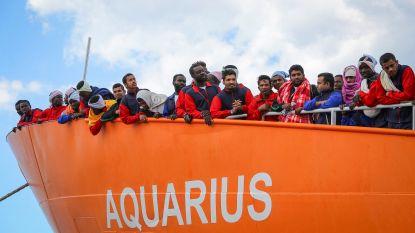 """Aquarius vestigt hoop op Marseille nu het niet meer onder Panamese vlag mag varen - Frankrijk zegt """"Europese oplossing"""" te zoeken"""