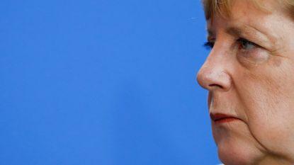 Federale regeringspartijen afgestraft in Beieren, Seehofer weigert op te stappen als CSU-voorzitter