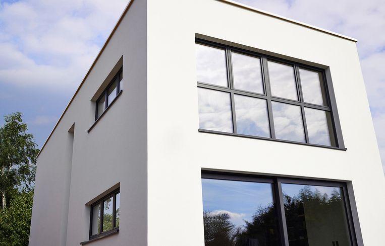 Niet alleen de beglazing van je ramen is cruciaal voor een energiezuinige woning. Goed isolerende profielen zijn minstens even belangrijk.