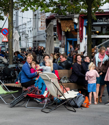 Bruisend of lawaaierig? Bewoners en horeca ruziën over Antwerpse Dageraadplaats