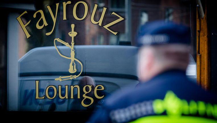 Waterpijpcafé Fayrouz Lounge werd na de vondst van Amziebs hoofd dichtgetimmerd Beeld Agata Nowicka