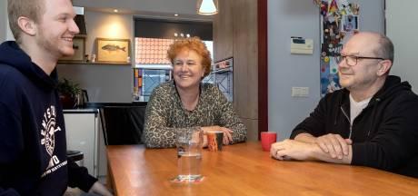 Vader, moeder én zoon uit Oosterhout strijden tegen corona: 'We voelen de urgentie om te helpen'