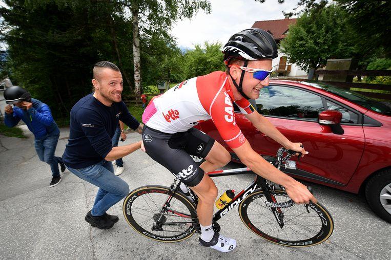 ► Tim Wellens ging eind juni al het parcours in Innsbruck verkennen met coach Kevin De Weert. En dat was best amusant.