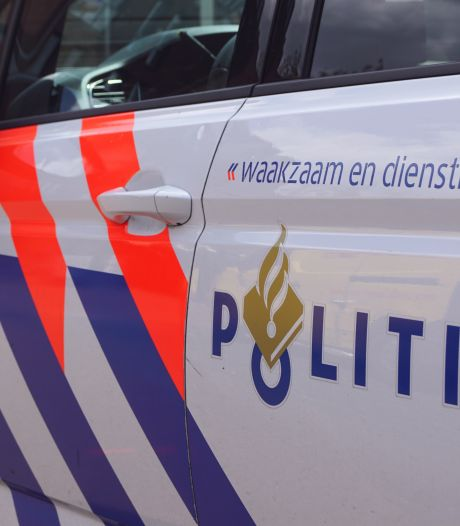Bredanaar (35) die mogelijk betrokken is bij vele auto-inbraken aangehouden