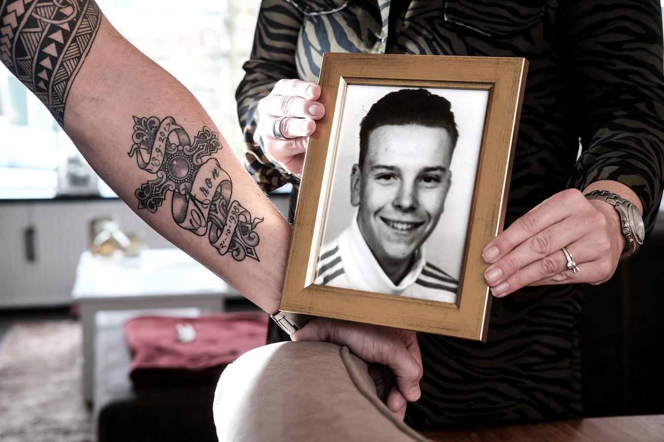 Extreem Tattoo troost intens verdrietige vader | Achterhoek | gelderlander.nl @PB04