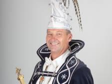 Prins Toine d'n Urste is jubileumprins bij de 55-jarige Spurriezeiers in Stiphout