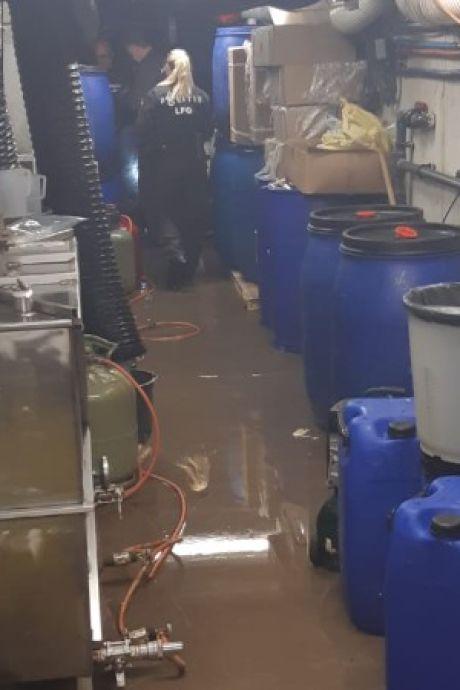 Politie treft groot drugslab aan in Vleutense woning, zes personen aangehouden