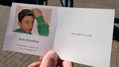 150 mensen nemen afscheid van Jordy Brouillard