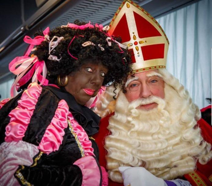 Dit jaar zien Sinterklaas en de Strikjespiet in Rozenburg af van alle festiviteiten.