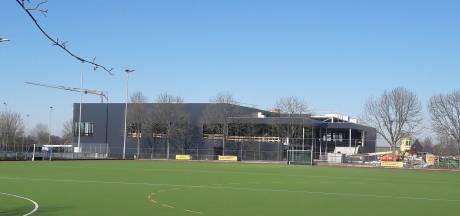 Hilvarenbeek wil nieuw parkeerterrein en meer groen rond zwembad, kosten kwart miljoen