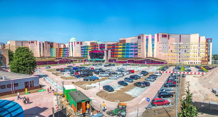 Personeel van de ziekenhuizen van Isala voert dinsdag actie voor een betere cao.
