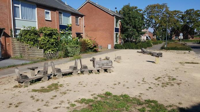 De speeltuin in Heusdenhout die de gemeente binnenkort verwijdert.