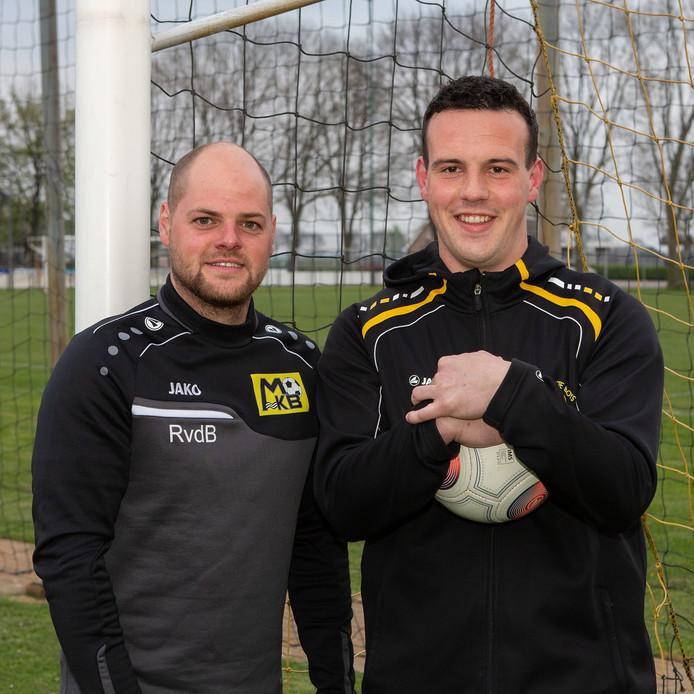 """Tom Wertenbroek (rechts) en Rick van de Burgt zien positieve ontwikkelingen bij hun verenigingen uit Maren-Kessel. ,,Iedereen wil meedoen, ook uit het tweede."""""""